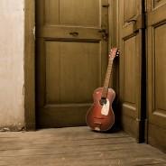 Parlour Gitarren