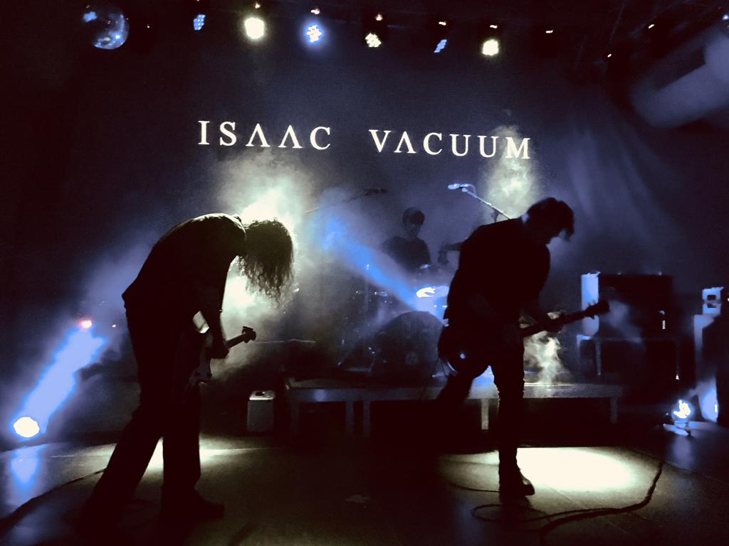philippmaike_isaac_vacuum_mminkr_festival